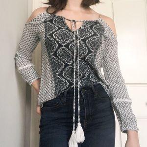 Charlotte Russe•cold shoulder•long sleeve
